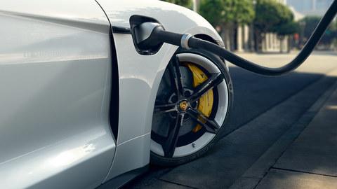 Porsche Charging Service (Taycan)